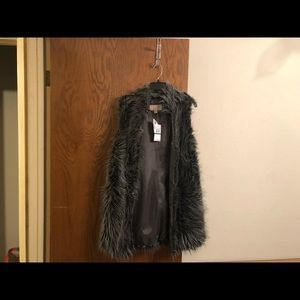 Michael Kors Large Faux fur vest
